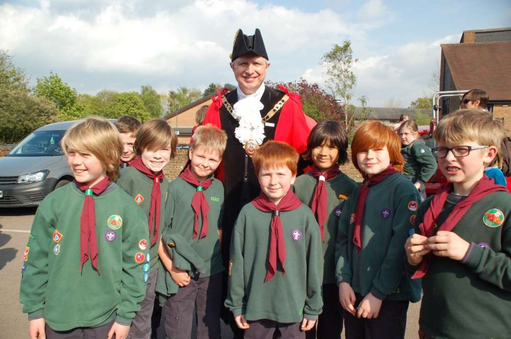 The Town Mayor with the 3rd Sevenoaks Stanhope Cub Pack.JPG